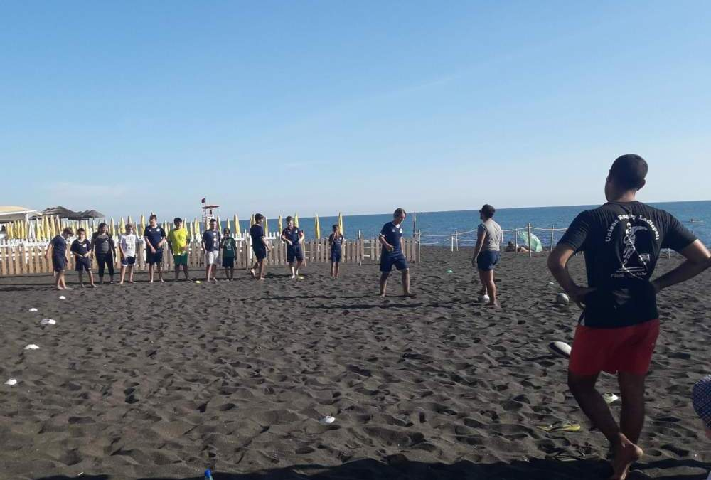 Grande Open Day sulla spiaggia per l'Unione Rugby Ladispoli