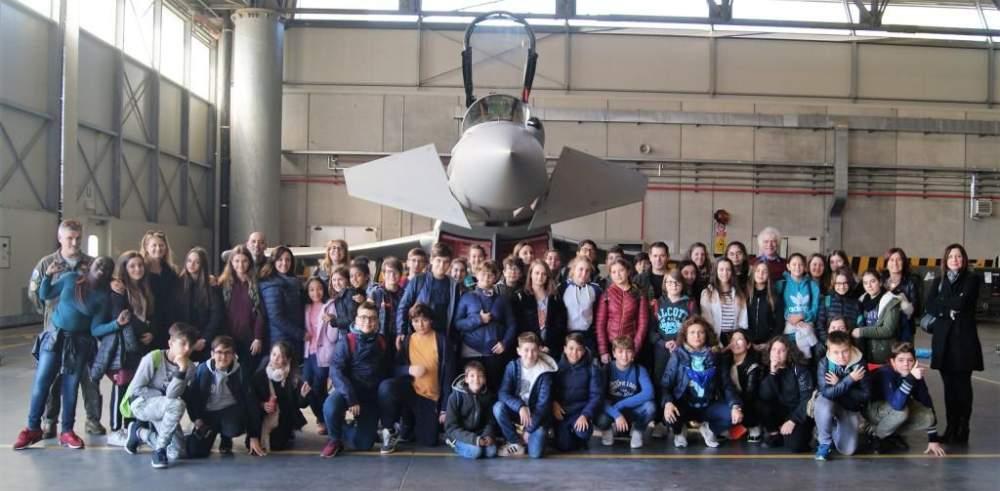 La Corrado Melone di Ladispoli in visita agli Eurofighter