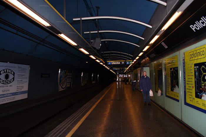Policlinico, guasto alla scala mobile: paura nella metro B