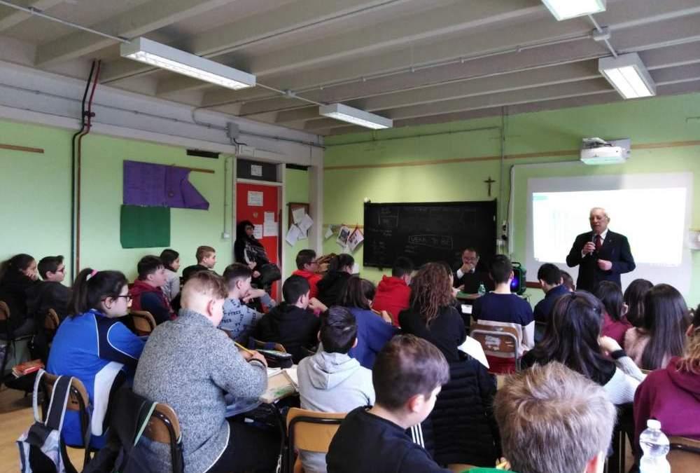 Ad Allumiere militari in classe per parlare della Grande Guerra