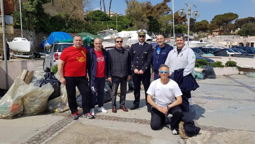 Santa Marinella, successo per la Giornata Blu Plastic Free