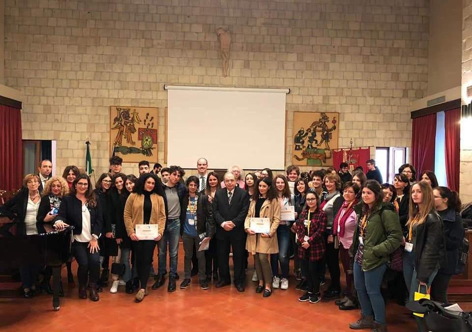 Al Certame dedicato a Cardarelli vince Ludovico Piazza del Liceo Scientifico Cannizzaro di Palermo.
