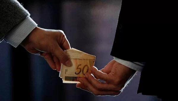 PF prende advogado suspeito de vender influência no STJ e STF