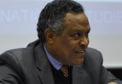 """""""Time for AU to call a spade a spade and hold the bull by its horn"""" - Amb. Girma Asmerom"""