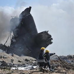 It took two hours for Mogadishu airport firefighters to extinguish the blaze