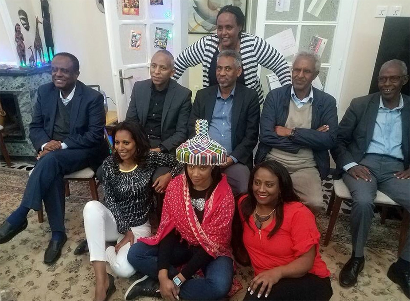 Tifanny Haddish with Eritrean government ministers and officials