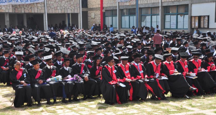 Two Colleges in Adi Keih Graduate 521 Students