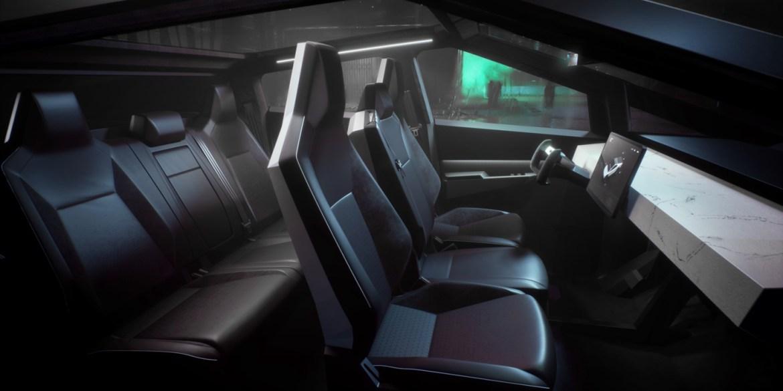 Interieor Tesla Cybertruck Platz für bis zu sechs Personen