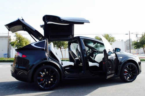 small resolution of one brave tesla model x