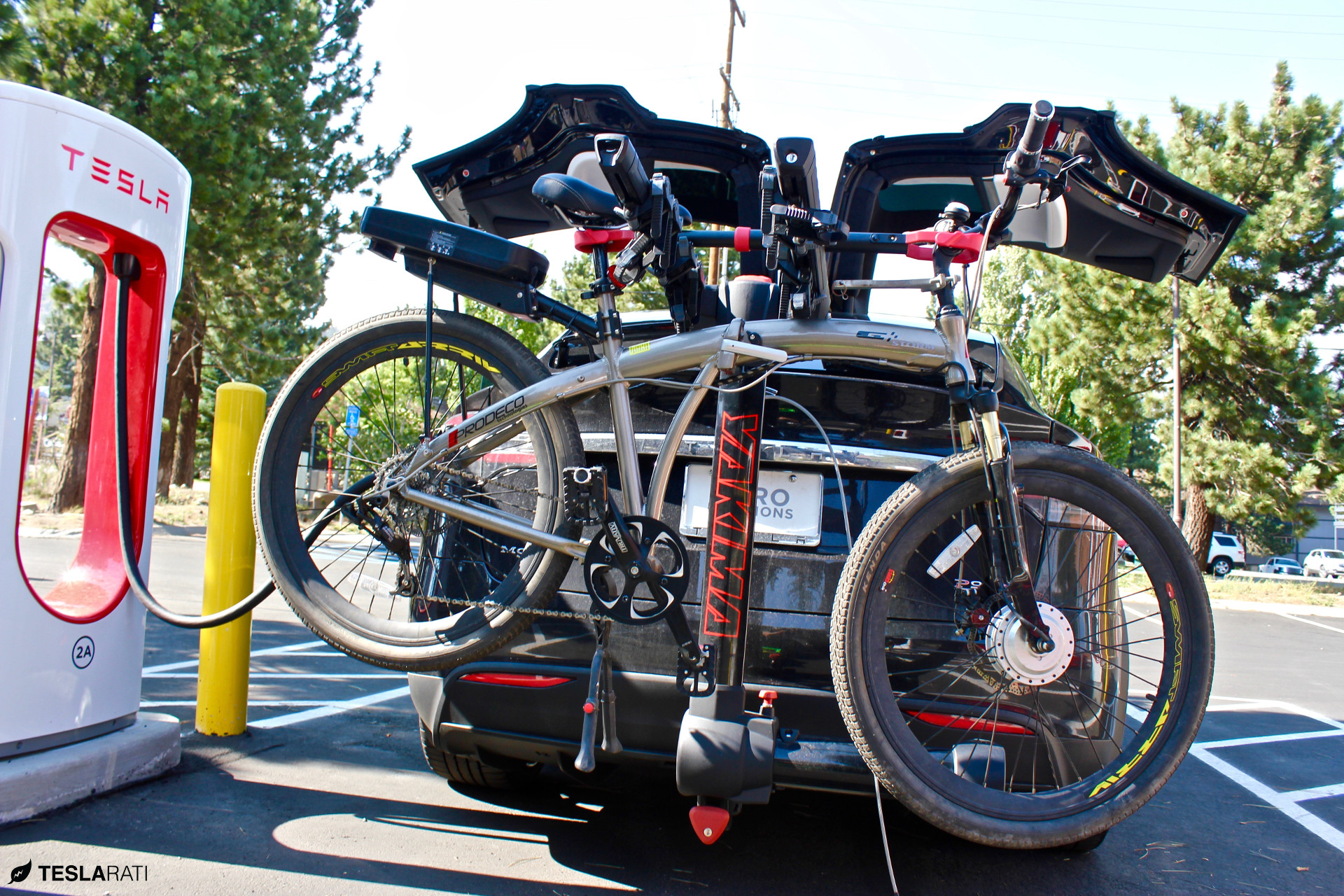 installing a tesla model x bike rack once you go fullswing you can t go back