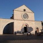 Basilica_di_Santa_Chiara