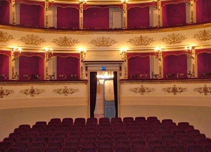 Teatro Luca Ronconi-copertina