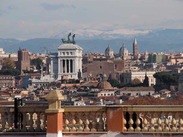 Panorami dal Gianicolo a Roma foto