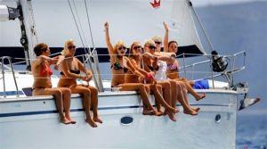 Yacht Charter 03