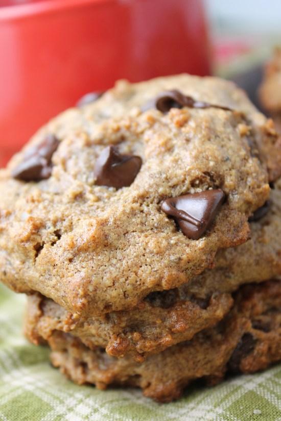 Flourless Date Sweetened vegan Chocolate Chip Cookies