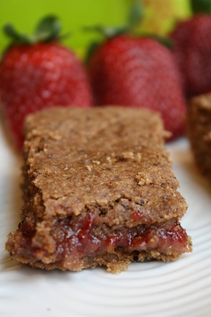 Gluten Free Vegan Cereal Bars #glutenfree #vegan #realfood #cerealbars