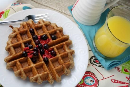 Banana Cinnamon Waffles - Gluten Free & Vegan