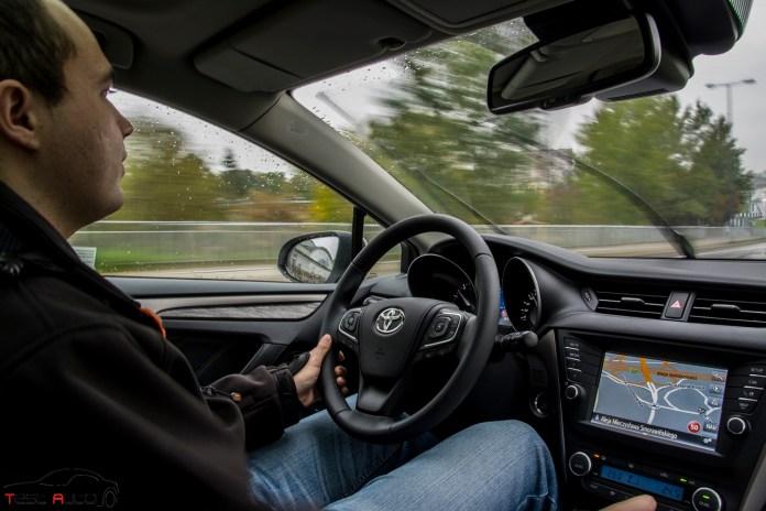 Toyota Avensis 2,0 D-4D 143 KM Prestige fot. Piotr Majka