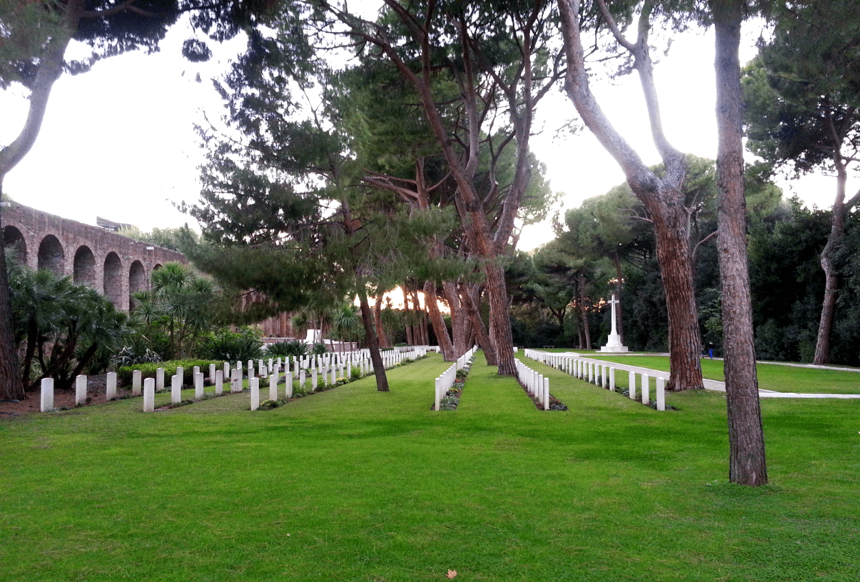 This guide to the best Rome Cemeteries introduces Verano Cemetery, the Non-Catholic Cemetery and the Commonwealth Cemetery, Rome.