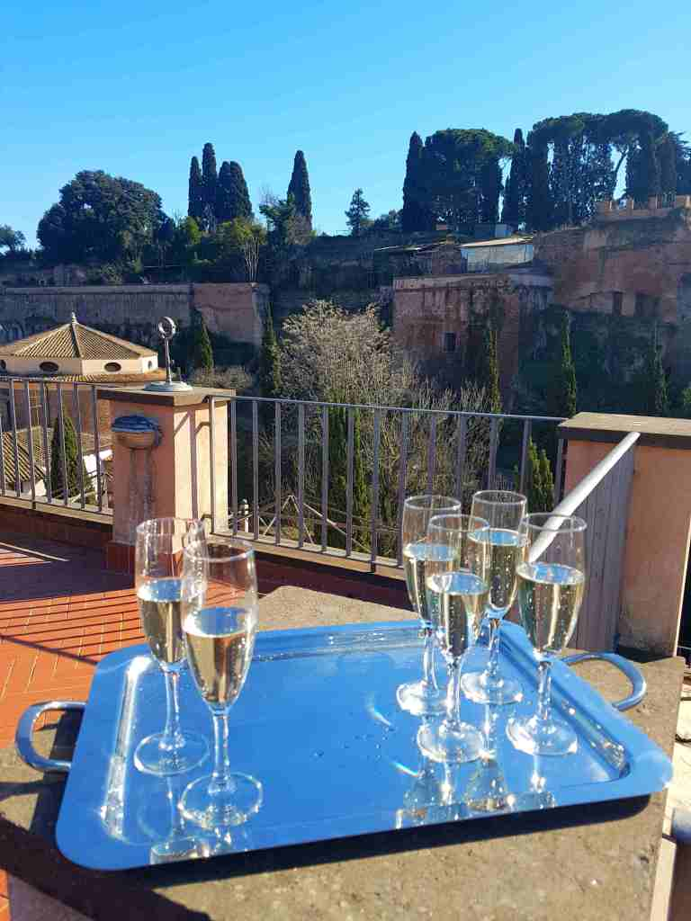 The best 4 star hotel in Rome, the Kolbe Hotel Rome, has a sensational garden restaurant, Unique Al Palatino, and a peaceful position by the Palatine Hill