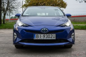 Nowa Toyota Prius PREMIUM 1.8 Hybrid 122 KM-E CVT fot. Jakub Baltyn (18)