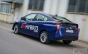 Nowa Toyota Prius PREMIUM 1.8 Hybrid 122 KM-E CVT fot. Jakub Baltyn (27)