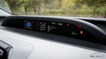 Nowa Toyota Prius PREMIUM 1.8 Hybrid 122 KM-E CVT fot. Jakub Baltyn (4)