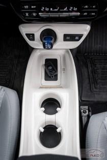 Nowa Toyota Prius PREMIUM 1.8 Hybrid 122 KM-E CVT fot. Jakub Baltyn (7)