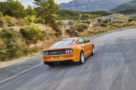 FORD_2017_MUSTANG_28