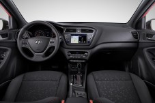 Hyundai i20 Interior (1) m