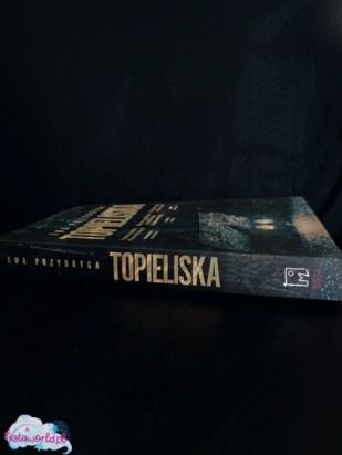 Topieliska książka