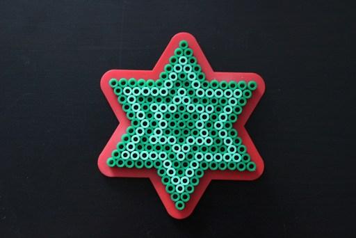 Etoile de Noël en perles à repasser