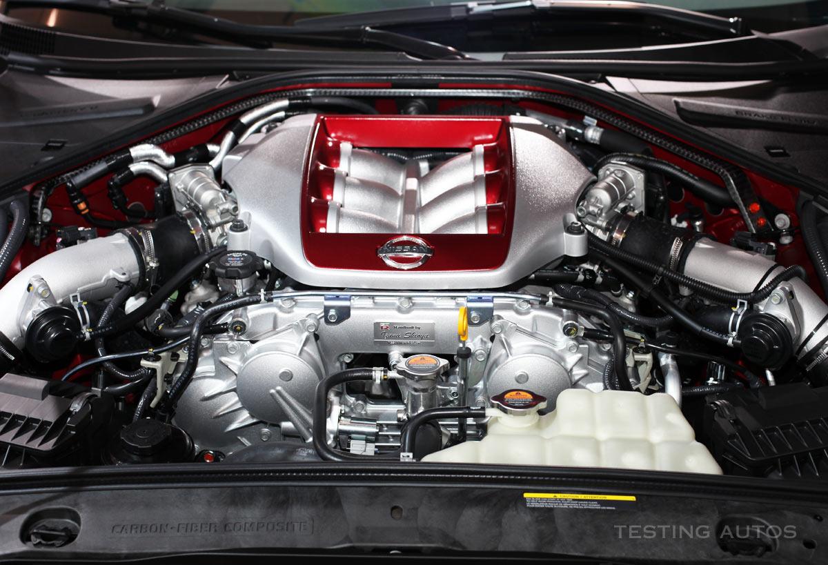 hight resolution of nissan gt r engine