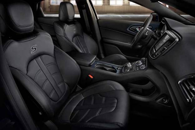 2015-Chrysler-200-Front-Seats