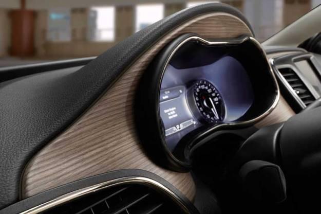2015-Chrysler-200-Interior-Wood