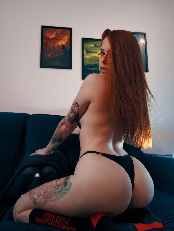 Atriz Porno Maru Karv