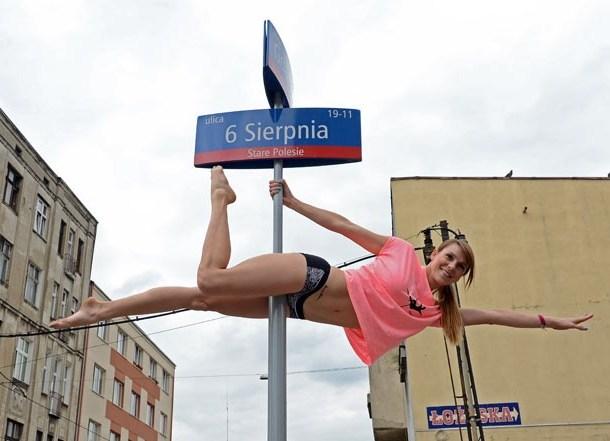 pole-dance1