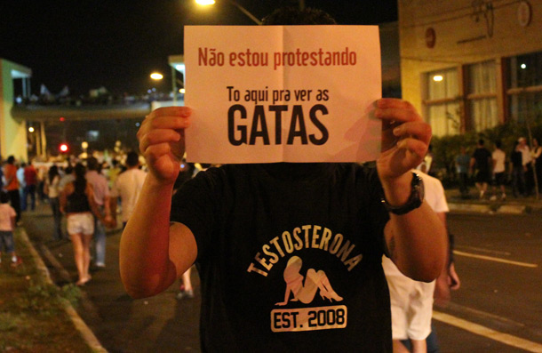 testosterona-protesto
