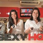 Três mulheres são as responsáveis pela programação pornô de canal adulto brasileiro
