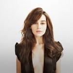 Emilia Clarke, atriz de Game of Thrones é eleita a mulher mais sexy de 2015
