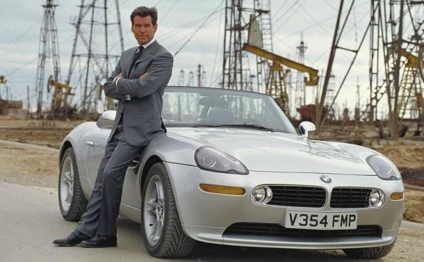 carro-007-mundo-nao-bastante