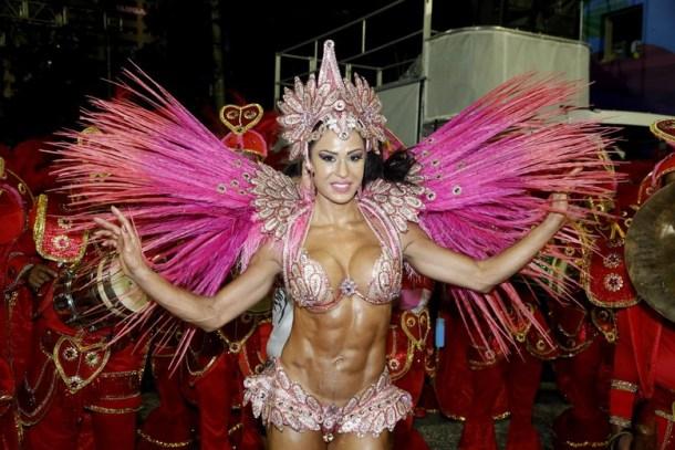 gracyanne-barbosa-x9-paulistana