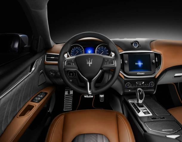9-Maserati-Quattroporte-interior