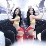 Conheça a companhia aérea onde aeromoças usam biquíni