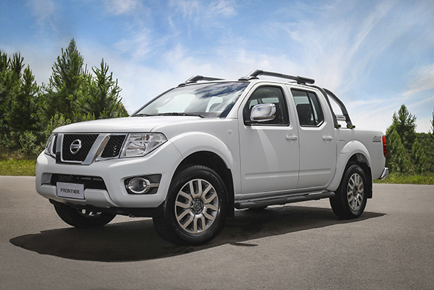 Nissan Frontier 2016 chega às revendas com novidades de tecnolo