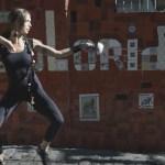 A união de esgrima e dança num espetáculo de sensualidade