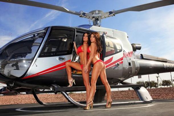 13-mulheres-gostosas-que-fizeram-ensaios-sensuais-em-helicopteros-2