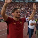Vida longa ao Rei! Relembramos os cinco gols mais belos de Totti pela Roma