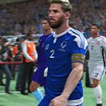 11 Messi's enfrentando 11 Cristiano Ronaldo's numa partida PES. 17 Quem vence?