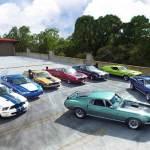 De pai pra filho: família apaixonada tem 8 versões de Mustang